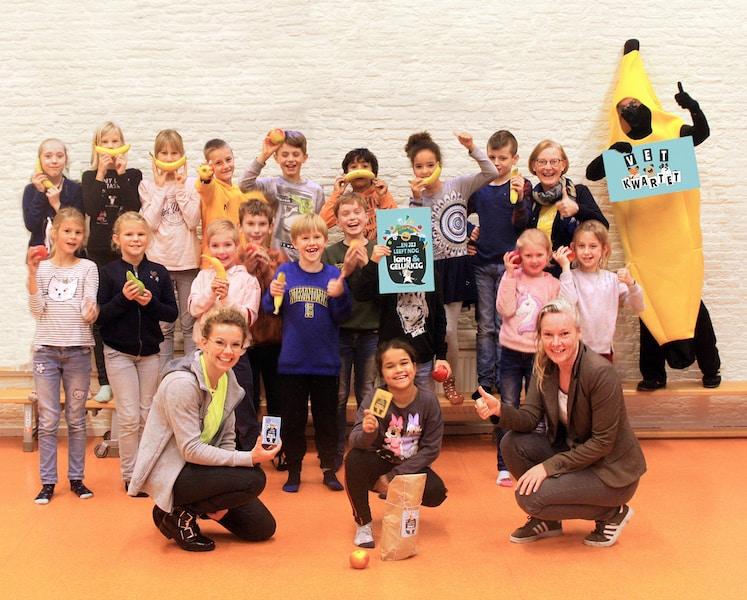 kinderen van De Kievitshoek in Wilhelminaoord blij met vet kwartet