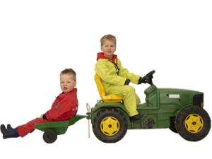 De Broekies agrarische kinderopvang trekker met aanhanger